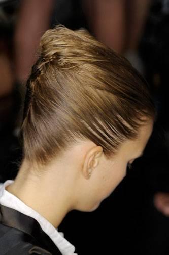 Lust auf eine andere Frisur? Inspirationen von Fendi