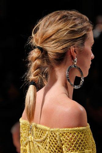 Lust auf eine andere Frisur? Inspirationen bei Balmain