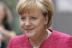 Happy Birthday, Angela Merkel! Die Kanzlerin wird am 17. Juli 59 Jahre alt. Viel Zeit zum Feiern wird sie allerdings nicht haben. Wahlkampf, NSA-Skandal, Euro-Krise. Der Terminkalender ist voll und der Druck auf Angela Merkel hoch. Wir nehmen uns jedoch ein wenig Zeit, um einmal auf die Stationen ihres Lebens zu schauen. Angefangen mit ihrer Kindheit. Mehr bei BRIGITTE.de: Angela Merkel: Fünf Gründe für ihren Erfolg Angela Merkel bei BRIGITTE LIVE Cover Girl Merkel: Wie die Welt sie sieht