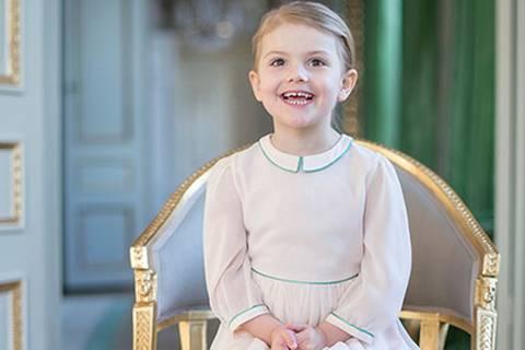 Kleine Prinzessin wird 4 Jahre alt: Alles Gute, Estelle!
