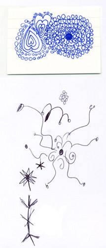 Psychologie: Das sagt Sabine Grawe: Diese Zeichnungen sind interessant, weil sie sehr unterschiedlich sind. Die eine schwungvoll, fast sprunghaft, die einzelnen Elemente fliegen förmlich losgelöst durch die Gegend. Ganz anders die Zeichnung oben, die sehr dicht ist, spiralförmig aufgebaut, mit klaren Mittelpunkten. Meine Interpretation ist, dass die Person einerseits extrovertiert ist, ein Partymensch, der sich aber auch manchmal verloren fühlt und Sehnsucht nach Geborgenheit hat. Diese findet sie vermutlich in der Familie, die ihr sehr wichtig ist. Vielleicht wünscht sie sich auch ein Kind?     Das sagt die/der Kritzler/in: Stimmt zu 75 Prozent.