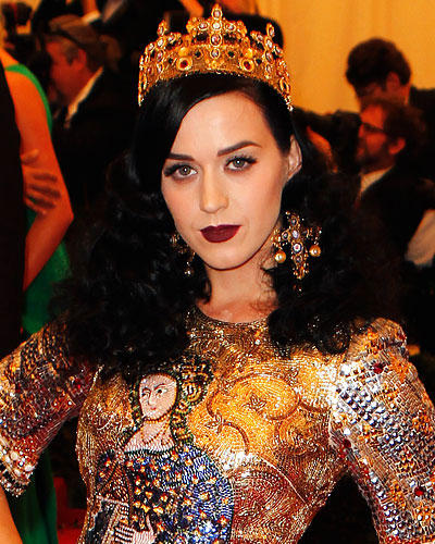 Dunkelrote Lippen: Katy Perry