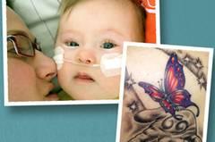 """Ein besonderes Tattoo hat sich Claudia für ihre Tochter Mia stechen lassen. """"Denn Mia war auch ein 'besonderes' Kind. Sie wurde 2007 mit Trisomie 21 geboren und hatte einen Herzfehler"""", so Claudia. Schon 2008 war Mias kurzes Leben vorbei: Sie starb an einer unheilbaren Lungenkrankheit, nach sieben Wochen Krankenhausaufenthalt. """"Anderthalb Jahre später habe ich mir das Tattoo stechen lassen"""", erzählt Claudia. """"Das Bild war eine gemeinsame Idee von mir, einem guten Freund aus Irland, und dem Tätowierer. Die Hand symbolisiert meine Hand, und das Loslassen. In der Hand ist das Zeichen für Krebs, das sieht aus wie eine 69, denn meine Tochter war Sternzeichen Krebs. Der Schmetterling steht für meine Tochter, deshalb ist er auch bunt - weil sie durch ihr Dasein selbst dunkelste Räume in Farbe getaucht hat. Der Schmetterling fliegt quasi ins Licht."""" Vor einem Jahr hat Claudia wieder ein Kind bekommen, ihren Sohn Julius. """"Für den habe ich noch kein Tattoo, aber schon eine Idee!"""" Claudia hat über Mia auch ein Blog geschrieben: www.miahateinsmehr.blogspot.de"""