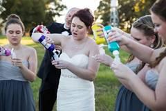 """Schon wird die Farbe vorbereitet. Das neue Motto von Shelby Swink: """"Wenn das Leben dir Zitronen gibt, mach Limonade draus."""""""