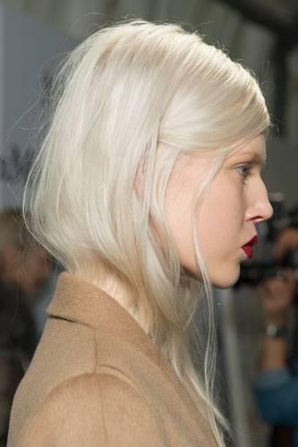 Platinblond ist Strapaze fürs Haar