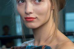 Trendfrisuren 2015: Dutt Frisur bei Antonio Berardi