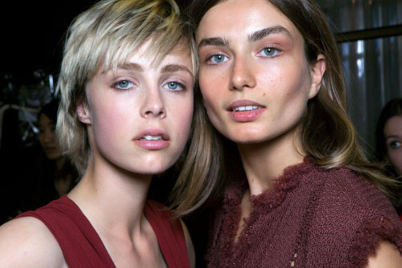Trendfrisuren 2015: Stufen-Schnitt bei Isabel Marant