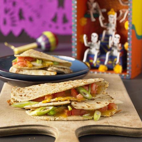 Tortillas mit Käsefüllung (Quesadillas)