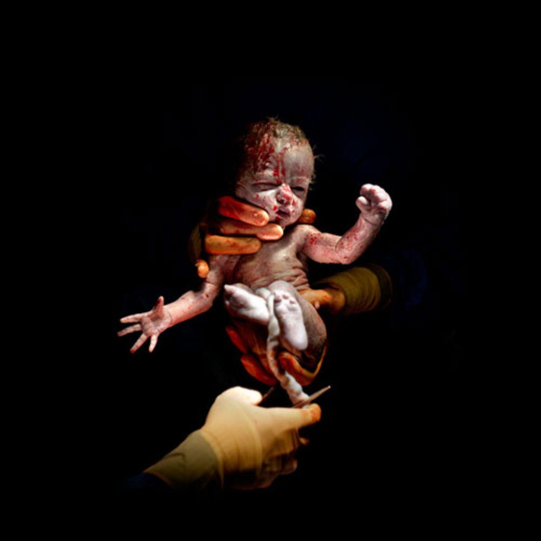 Léanne, 13 Sekunden alt - geboren am 08.04.2014 um 8:31 Uhr, 1,75 kg