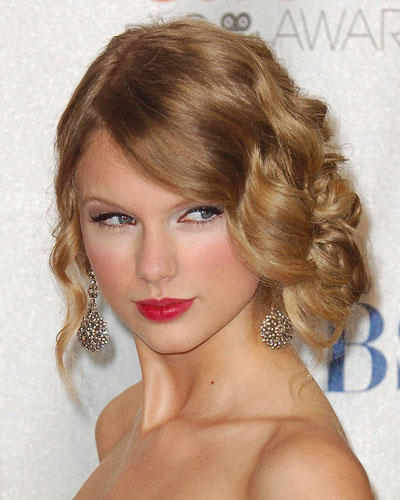 Retro-Frisuren: Taylor Swift