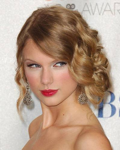 Retro-Frisuren: Taylor Swift