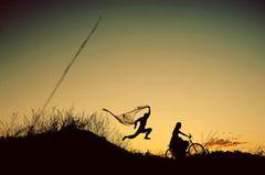 Sie brauchen noch Inspiration für Ihre Hochzeitsfotos? Dann schauen Sie sich diese künstlerischen Hochzeitsfotos aus verschiedenen Ländern an. Alle wurden aufwändig inszeniert und von der Internationalen Society of Professional Wedding Photographer (ISPWP) ausgezeichnet. Wir zeigen Ihnen eine Auswahl der Siegerfotos 2014. Das Foto oben stammt aus Argentinien.