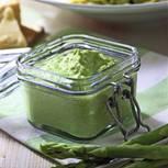 Spargelpesto: Grünes Pesto aus Spargel im Glas