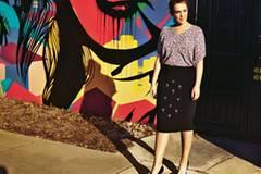 Sommerkleider, farbenfrohe Tops und lässige Overalls in großen Größen