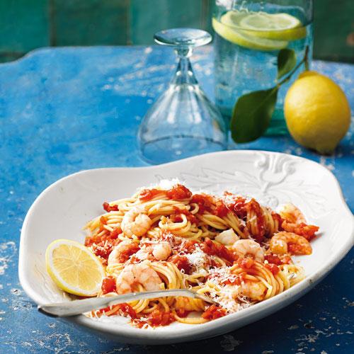 Spaghetti all' arrabiata mit Garnelen