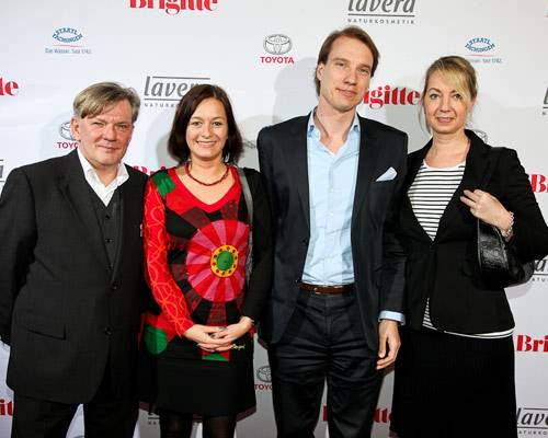 Holger Nickelé, Mira Zimberlin (TUI Cruises), Nils Behrens (TUI Cruises) und Frau