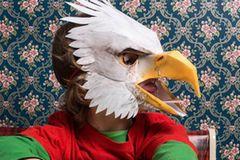 Adlermaske als tierisches Kinderkostüm