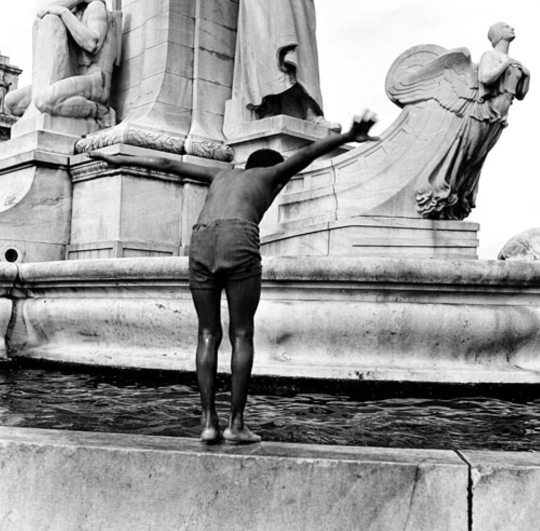 1948: Brunnenplantscher