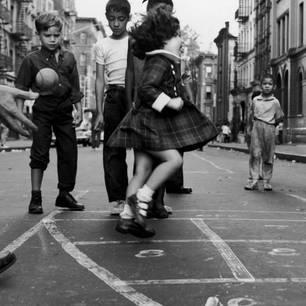 Kindheit Nostalgisch So Schön Spielten Kinder Früher Brigittede