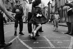 So schön spielten Kinder früher