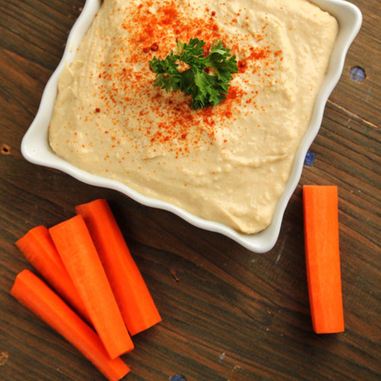 Karotten mit Hummus