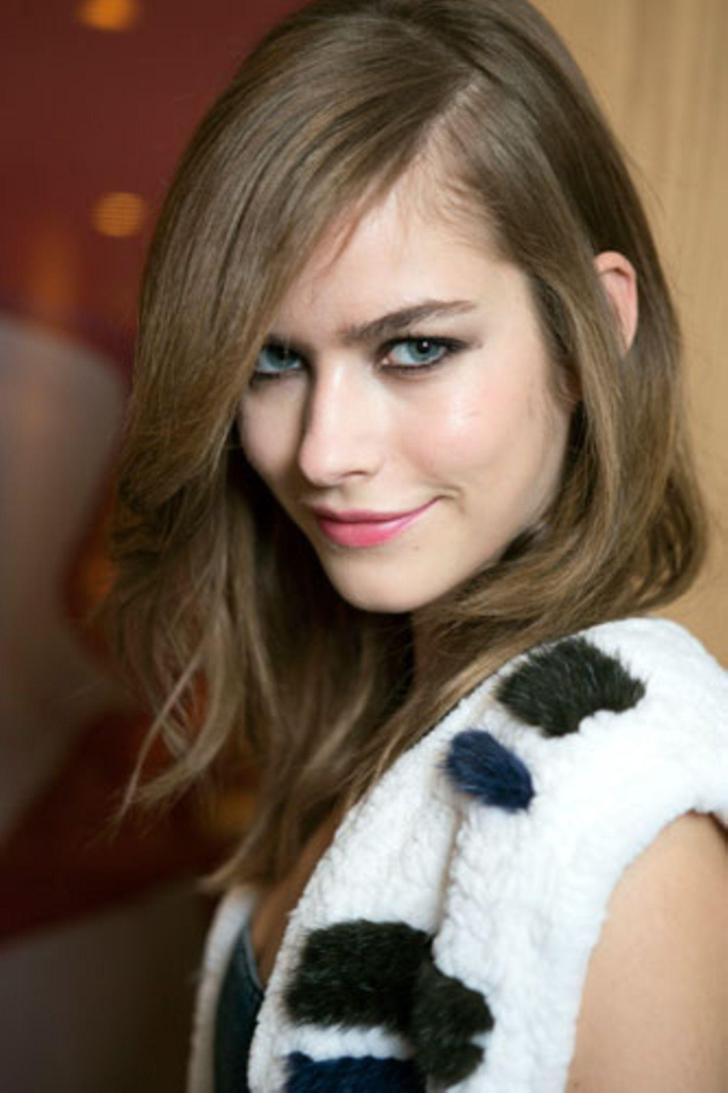 Wie wirkt Make-up: Smokey Eyes