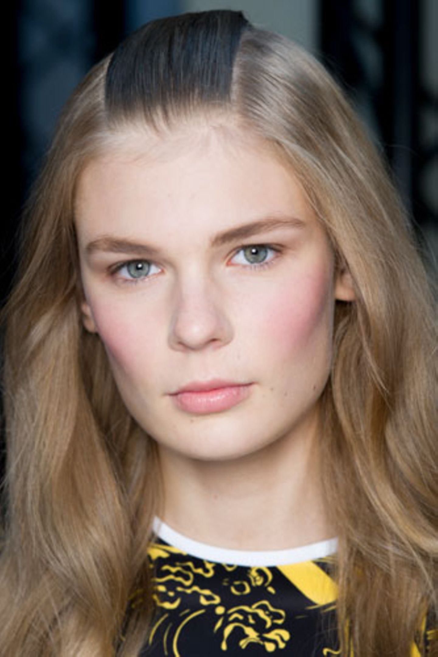 Wie wirkt Make-up: Rosige Wangen