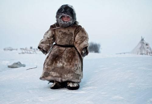 Sony World Photography Awards 2015: Sibirien, minus 40 Grad Celsius: Dieser Junge gehört zur indigenen Gruppe der Nenzen, die eisige Kälte gewöhnt sind.