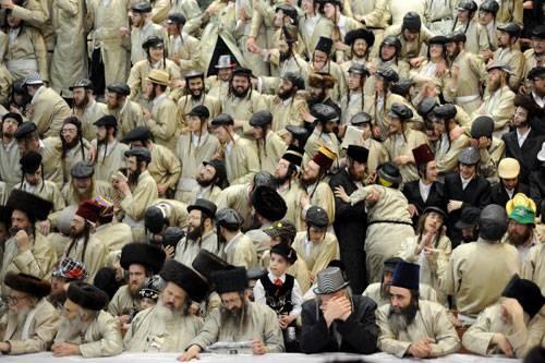 Sony World Photography Awards 2015: Ultra-orthodoxe jüdische Männer feiern das Purim-Fest in Jerusalem. Dieser Feiertag erinnert an die Rettung der Juden aus dem Genozid im alten Persien.