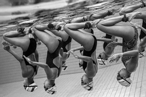 Sony World Photography Awards 2015: Synchronschwimmerinnen in Singapur.