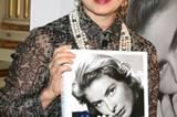 """Stars: """"Kochen? Meine Mutter hat nicht gekocht! Roomservice war ihr Lieblingswort!"""" Isabella Rossellini, 62, Schauspielerin und Model, über ihre berühmte Mutter Ingrid Bergman († 1982), Schauspielerin (""""Casablanca"""")"""