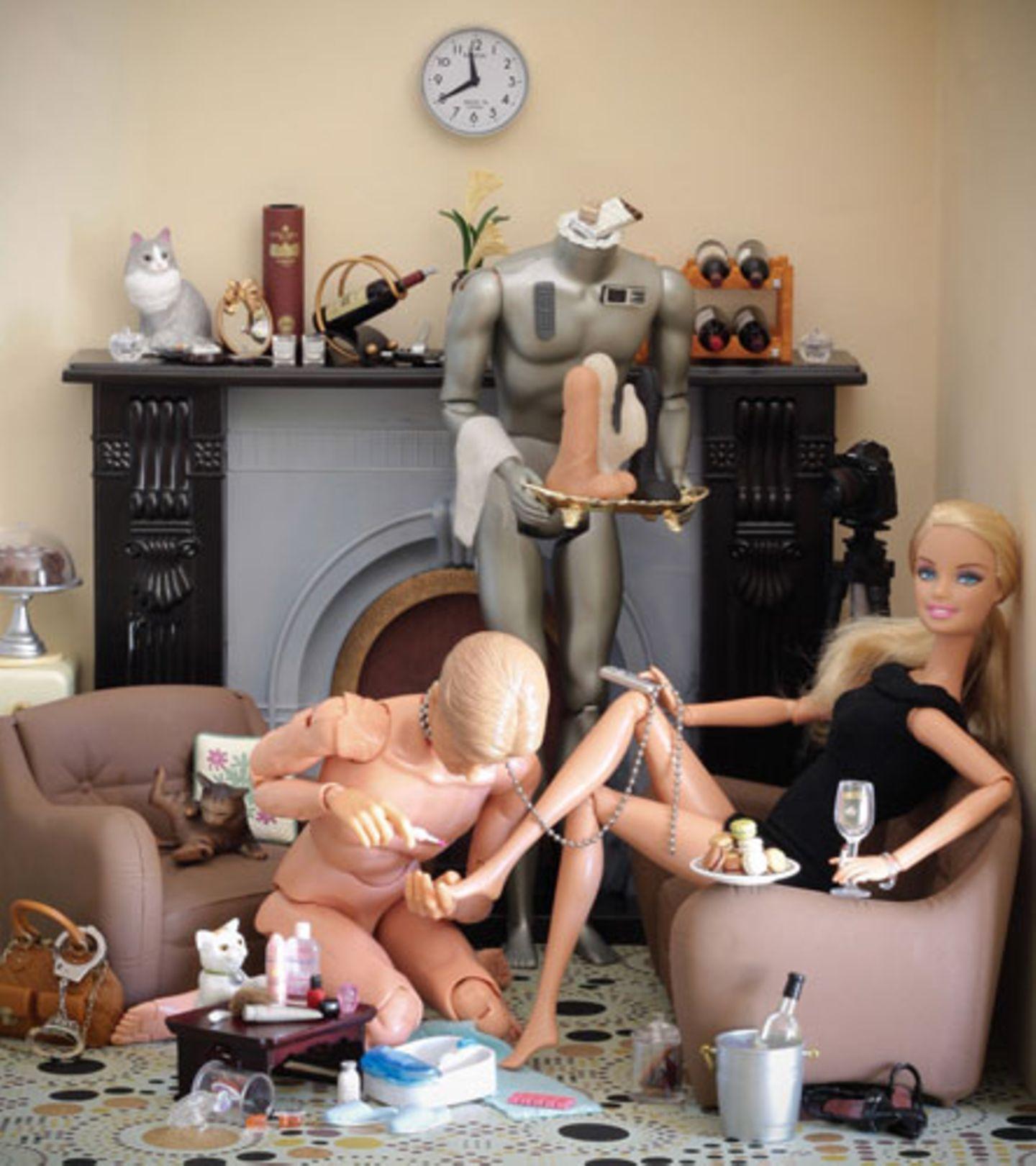 Die Dunkle Seite der Barbie: Die Bilder zum Durchklicken