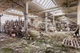 Auf den nächsten Seiten zeigen wir weitere Bilder von verlassenen Gebäuden, die Fotograf Martino Zegwaard gemacht hat.