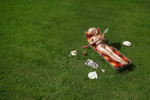 """Aus der Fotoreihe """"100 Naked Women"""": """"Liege"""""""