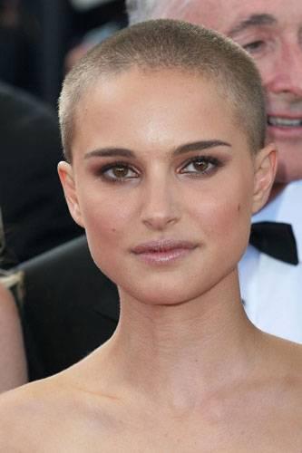 Natalie Portman mit Glatze