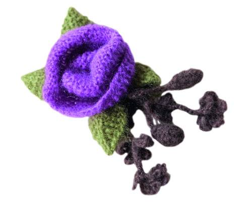 Blütenbrosche