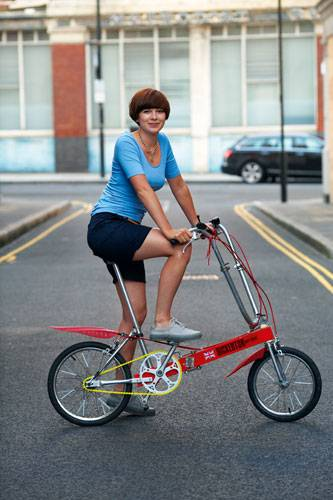 Frau Shorts Fahrrad
