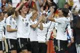 Wunschnachricht: Die deutschen Fußball-Damen sind wieder Weltmeisterinnen!