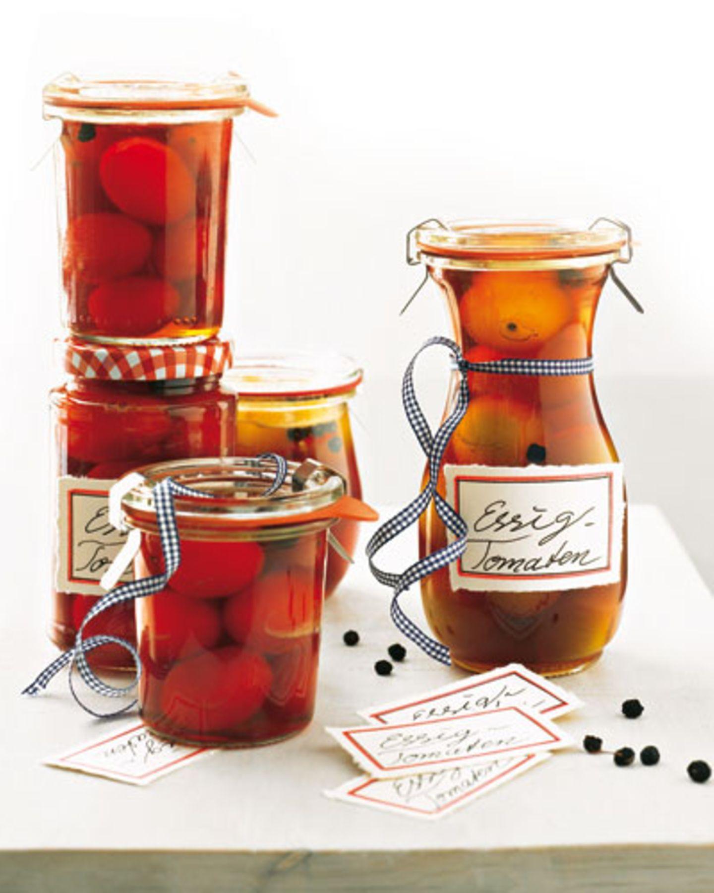 Tomaten einlegen: So geht's schnell und einfach