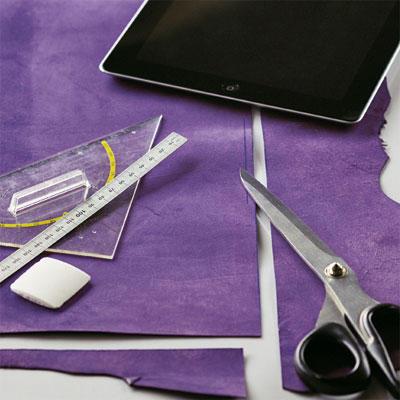 iPad Schere Leder Geodreieck