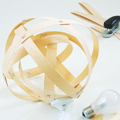 Lampe Furnierholz rund