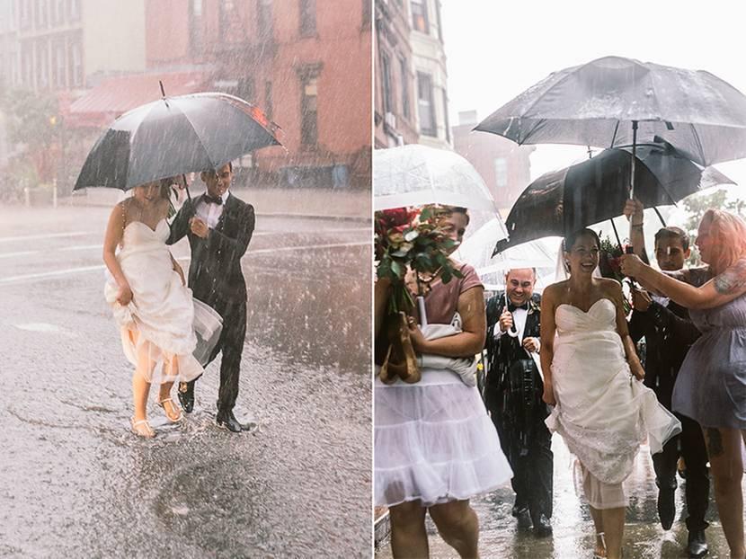 """Gewitter-Hochzeit: Gut, die meisten Brautpaare wünschen sich schönes Wetter zu ihrer Hochzeit, aber mit ein bisschen Regen könnte man ja noch leben. Was Stephanie und Max aber erlebten ...     Erst war nur eine dunkle Wolke am Horizont zu sehen, wenige Minuten später brach jedoch ein Unwetter über die beiden herein, das seinesgleichen sucht. Und das mitten im Fotoshooting mit Fotografin Kamila Harris.     Heftiger Regen von allen Seiten, Wasser lief in Strömen die Treppenstufen herunter, Straßen waren überschwemmt und Blitze schlugen in die hohen Häuser von New York City ein. Es war ein gigantisches Gewitter! Ließen die beiden Verliebten sich davon stören? Keineswegs! Schnell wurden ein paar Regenschirme organisiert, Röcke gerafft und Schuhe ausgezogen. Die Brautjungfern liefen einfach in Unterröcken und barfuß durch das überschwemmte New York. Stephanie, die Gewitter liebt, erzählte später im Interview mit einem Fernsehsender: """"Wir wollten heiraten, also wen kümmerte da schon der Regen?"""" Eine entspannte Braut!     Selbst als später noch die Feuerwehr anrücken musste, weil die Hochzeitslocation, wo die anschließende Feier mit allen Gästen stattfinden sollte, ebenfalls unter Wasser stand, behielten Max und Stephanie die Ruhe. Dafür wurden sie mit wirklich einmaligen Fotos und einer tollen Geschichte beschenkt, die sie noch ihren Enkeln erzählen können."""