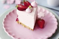 No-Bake-Erdbeer-Cheesecake