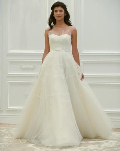 Brautkleid schlicht eng