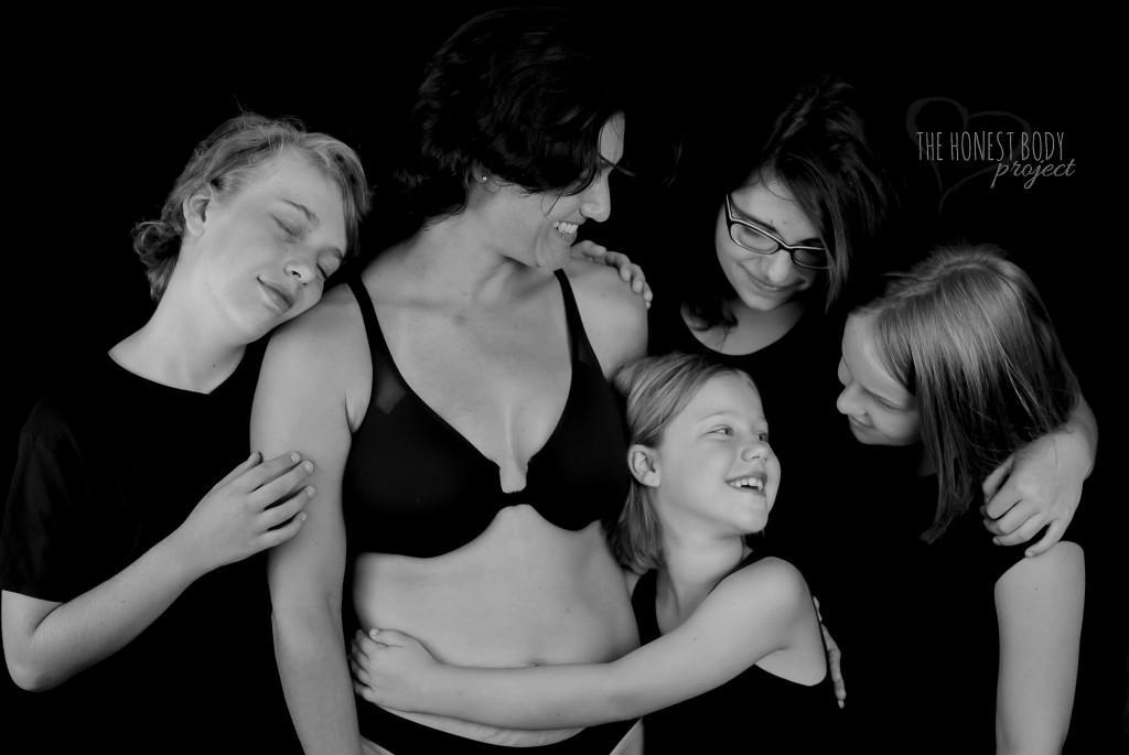 """The Honest Body Project: """"Mutter zu sein, ist der wichtigste und bedeutungsvollste Job auf der Welt. Mutter sein ist das Leben."""""""