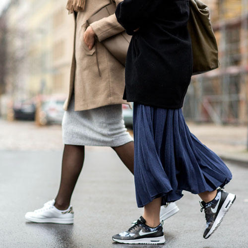 Streetstyle: Typisch Berlin - zur Fashion Week geht's in Sneakern. Gut so!