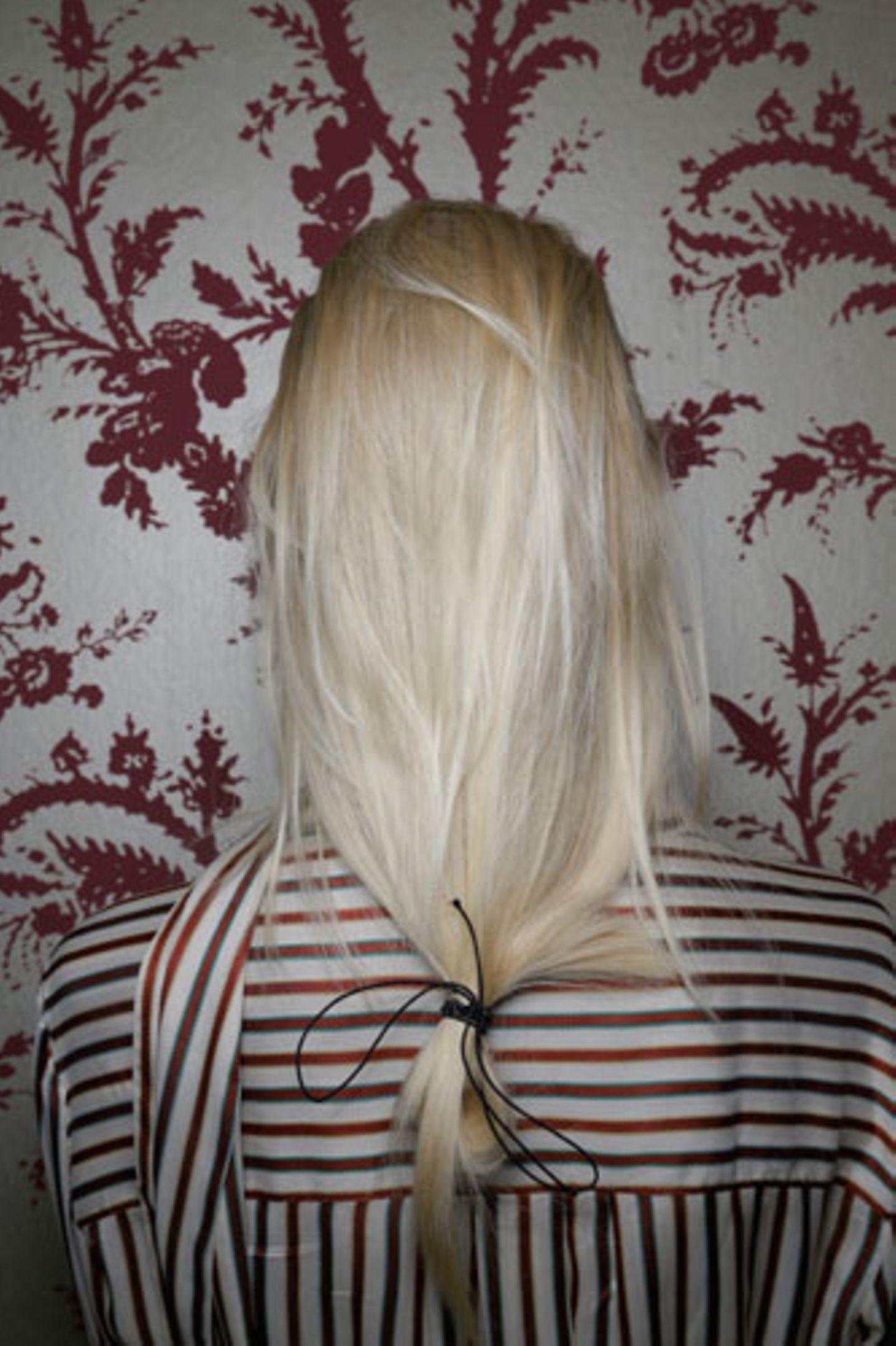 """""""Undone Hair"""" von hinten"""