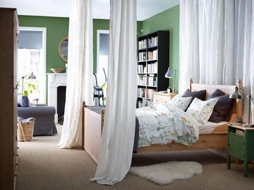 Schlafzimmer Bett Vorhang