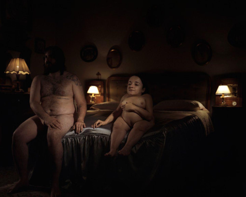 Bewegende Fotos: Wer ist perfekt? Fermariellos Bilder regen an, Körpernormen zu hinterfragen.