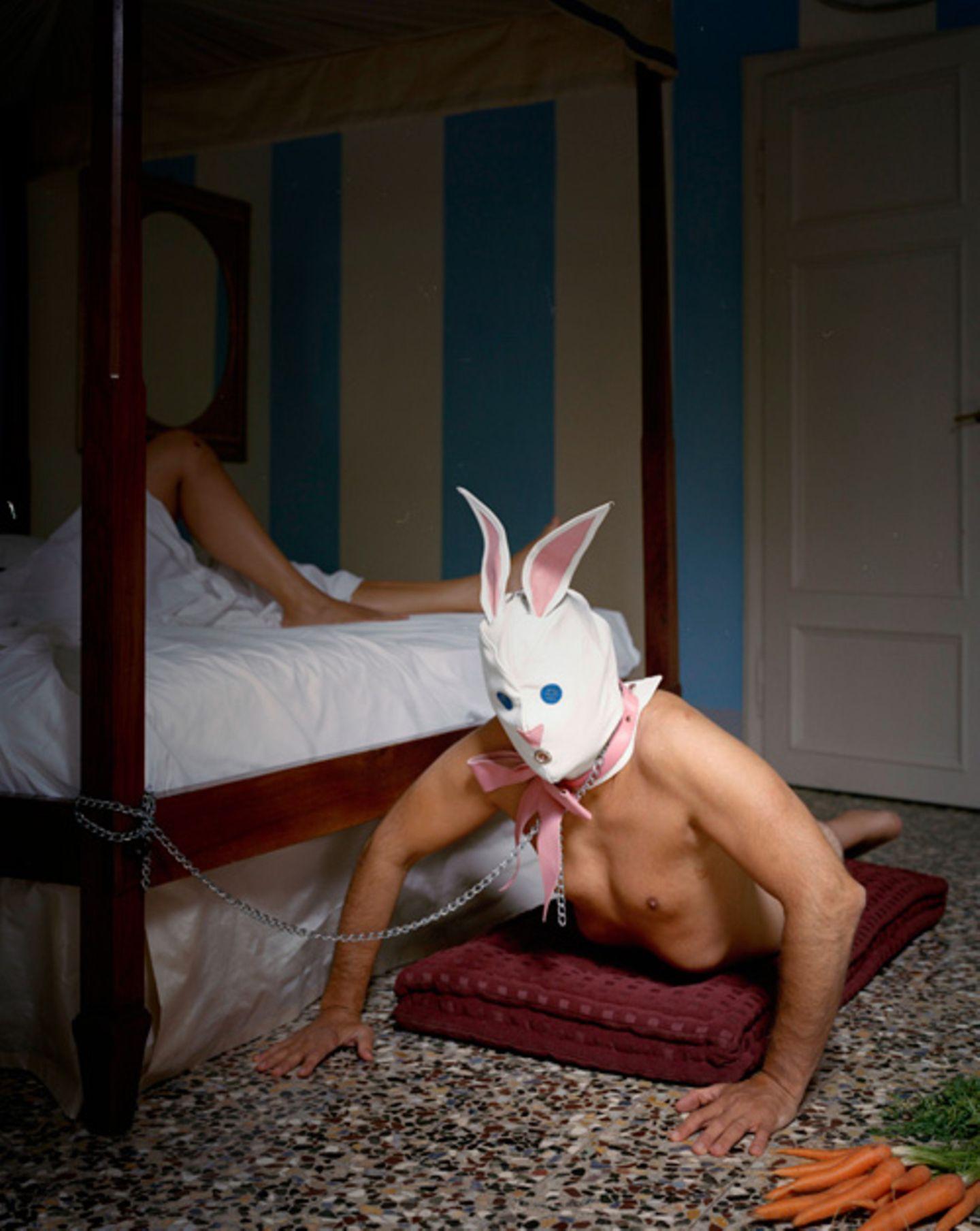 Die Fotografien zeigen auch sexuelle Fantasien ihrer Protagonisten.